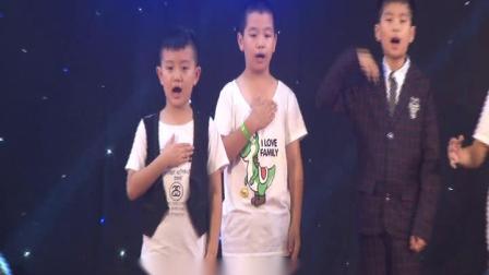 41届冠军班第2天上午-小孩子集体上台展示-徐艺菲-孙小轶上台展示