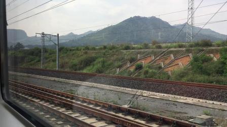 乘坐D2818次列车去贵阳北.2 (贵广高铁运转 都匀东-贵定县区间)