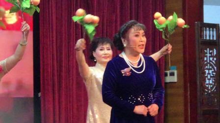 梅陇镇社区学校沪剧队汇报演出 开场由 高秀妹老师演唱 寿星开篇