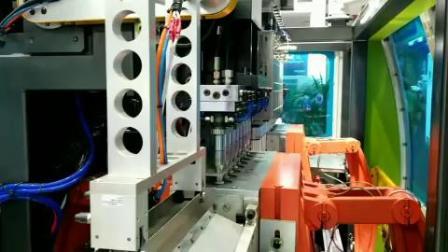 宝捷EB70UE全电动挤出吹瓶机双工位八腔生产200mL奶瓶