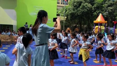 长颈鹿幼儿园小朋友欢度六一儿童节表演节目。
