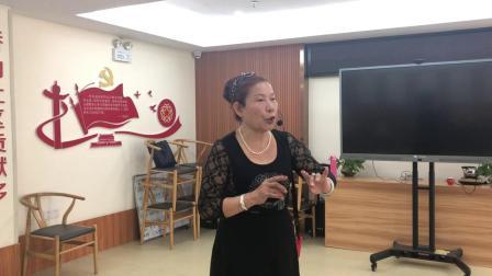 闽剧《漫步后园》,林依金演唱,主胡林森钦,司鼓吴家庆。