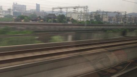 G1510次通过杭州南站杭长场3道,已经在普安寺隧道内完成杭黄侧向至杭长的转变
