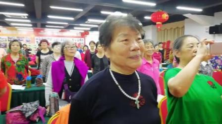 健桥之家老年大学合唱团 生动多彩课堂练习