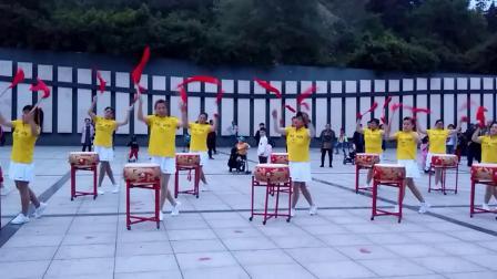 牡丹江市爱民区青龙山威风锣鼓队表演