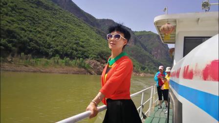 游黄河丹霞
