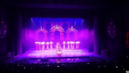 云南丽江丽水金沙滇北民族舞蹈音乐大型表演