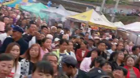 2019年5月4日《成州星火曳舞健身队》在陇南市成县小川镇舞台演出,得到小川镇人民的高度赞扬👍👍👍