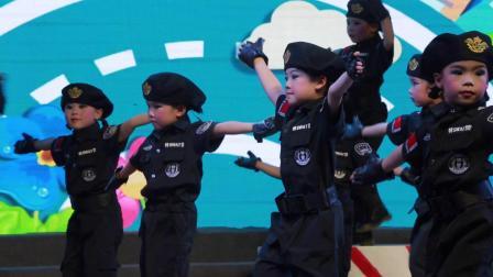 新碧街道苗苗幼儿园舞蹈《小交警》