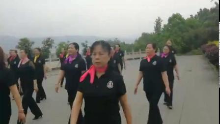 侗锦女的舞蹈 主演:李美铮