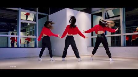 南京美度舞蹈培训 #爵士舞#《sweety but psycho》mina的编舞~~ 欢快的音乐,开心的舞蹈,听着音乐是不是也想跟着婷一老师动起来呢😜😜
