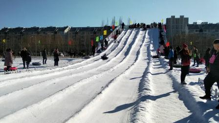 皮皮--06岁09月零17天 (滑雪圈).mp4