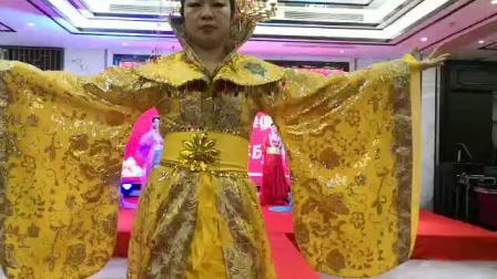 新时代五周年庆古装绣