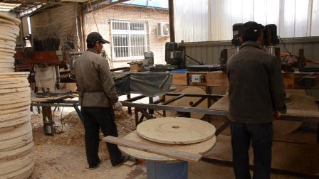 胶合木板加工过程