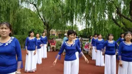 沈美琴广场舞《母亲》