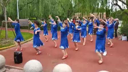 沈美琴广场舞《一首醉人的歌》