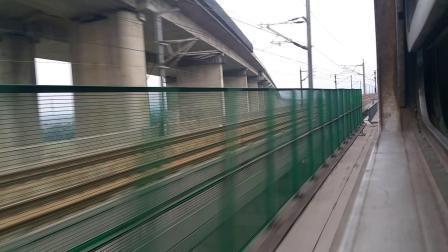 庐铜线K8525(合肥-芜湖)在铜陵长江二桥会合福高铁G348(福州-济南西)
