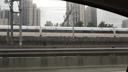 复兴号通过钱江二桥