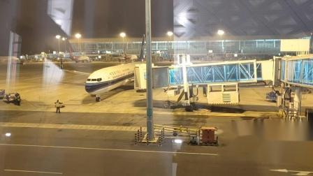 武汉天河机场飞机