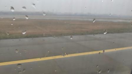 厦门航空杭州到武汉杭州萧山机场滑行1