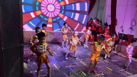 江西省赣州市于都县利村乡天才宝宝幼儿园舞蹈HANDCLAP
