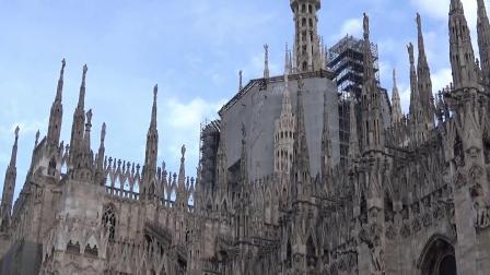 第8天比萨斜塔,米兰大教堂