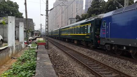 [拍火车-株洲白石港]K577长沙-成都东 本务HXD3C