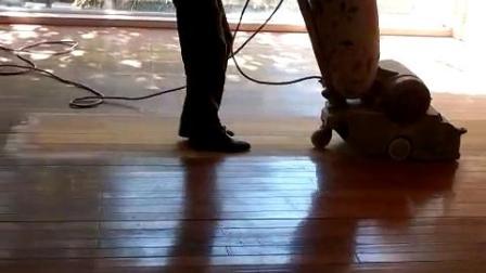 地板维修翻新