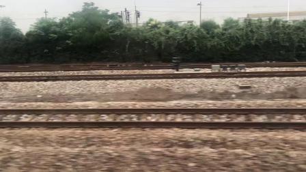 K527次旅客列车(南京—广州)运行于京沪铁路沪宁段吕城站至常州站之间(经过奔牛站、新闸镇站,停靠常州站)