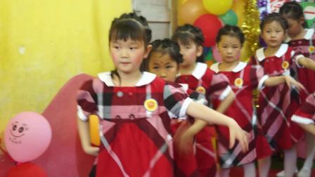 15.大班舞蹈《快乐的歌》
