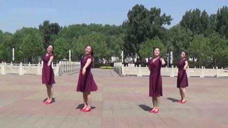 山西黎城姐妹广场舞《我和我的祖国》