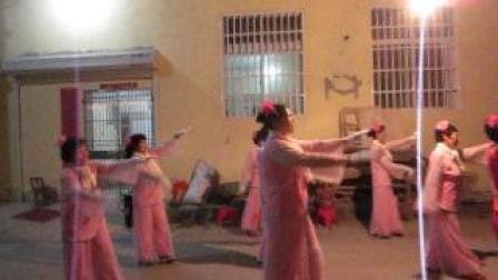 基督教广场舞  耶稣陪伴我   6月22日晚上小布道演出