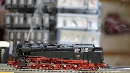 Roco BR85 004 側水櫃蒸汽機車