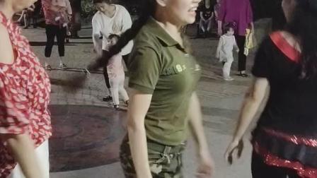 水晶苹果广场舞::第六套水兵舞