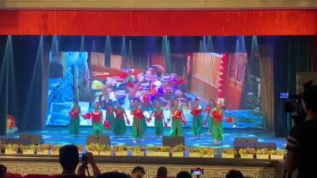 《我和我的祖国》广州地区老年大学协会艺术成果交流展演舞蹈《看山看水看中国》