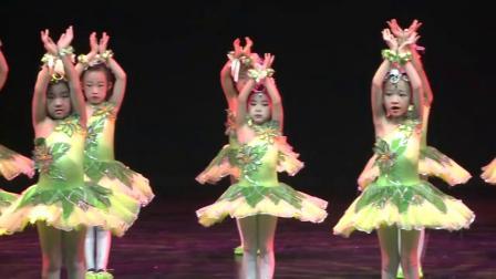 卓玛儿童舞蹈《亲亲茉莉花》