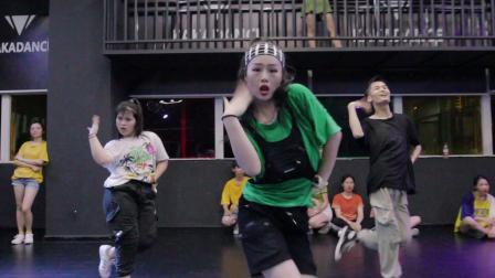 南宁卡卡舞蹈训练营 广西南宁口碑 有实力的舞蹈培训学校