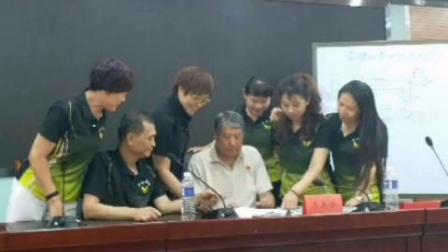 河北省毽球协会在石家庄市6月22~23号举办了裁判员,教练员培训班,共有112名学员参加,为今后比赛打好了坚实的基础