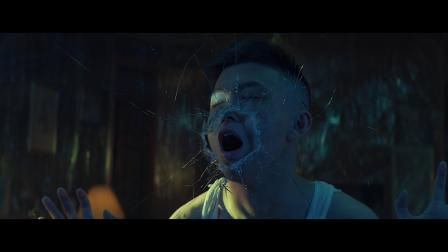 Rich Brian《Yellow》MV