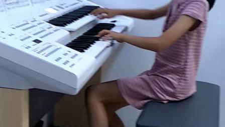 《中国范儿》双排键.演奏者:于诗涵。