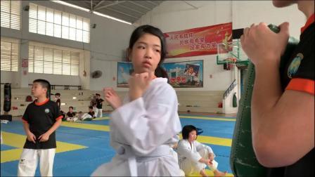 周玉婷 白考黄带个人视频 弘健跆拳道MMA综合训练中心