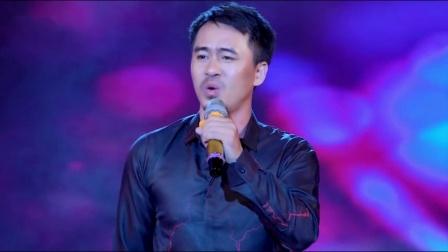 孤独的情人 Người Yêu Cô Đơn 演唱 光 山 Quang Sơn