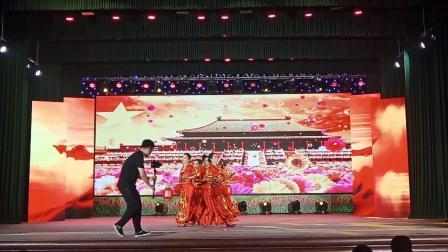 澄海志成健身舞,美之秀舞蹈队《欢天喜地庆七一》