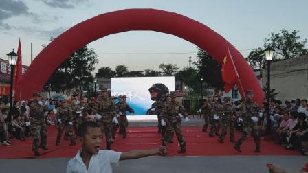 手语舞《中国军人》