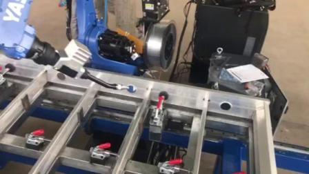 铝合金材质焊接机器人 安川焊接机器人 自动化焊接机器人