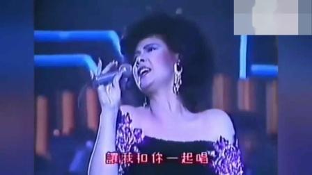苏芮和甄妮两位歌坛巨星同台献唱《酒干倘卖无》(这才叫实力)