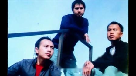 苗族歌曲Hmong Love Song - Txaus Siab Los Hlub Koj Escapes