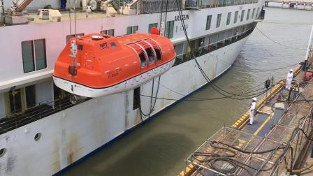 办公室的故事之救生艇码头试验