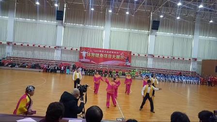 灵石县师常娥舞蹈班正月十三大拜年表演夸灵石