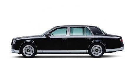 丰田老总的配车比迈巴赫还罕见,不出口只供国内!